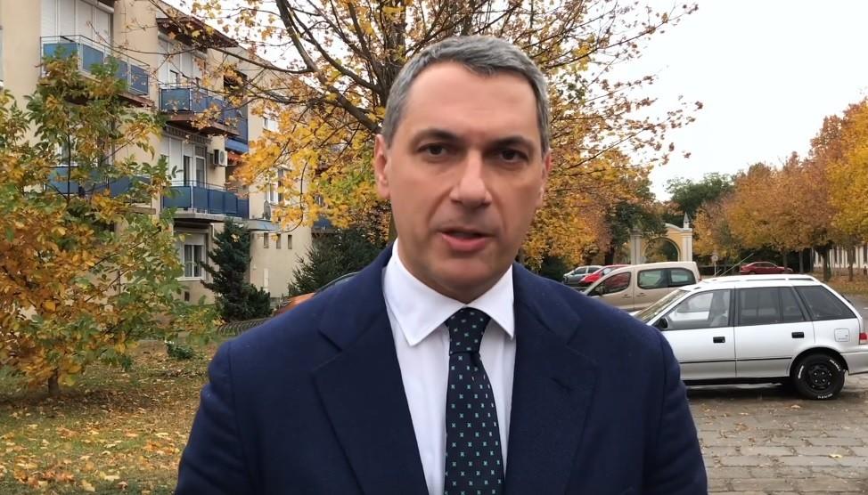 Videón szólt vissza Orbánnak Lázár János
