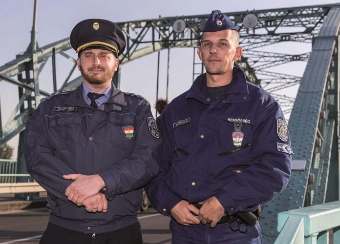 Doszkocs Gábor törzszászlós és Wesselényi Miklós főtörzsőrmester.