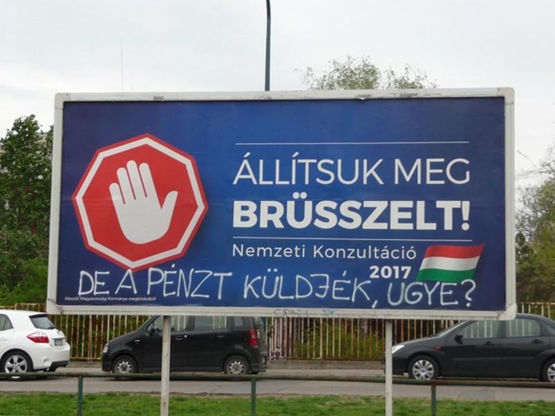 Kiderült, 3000 milliárd forint támogatást tart vissza az EU