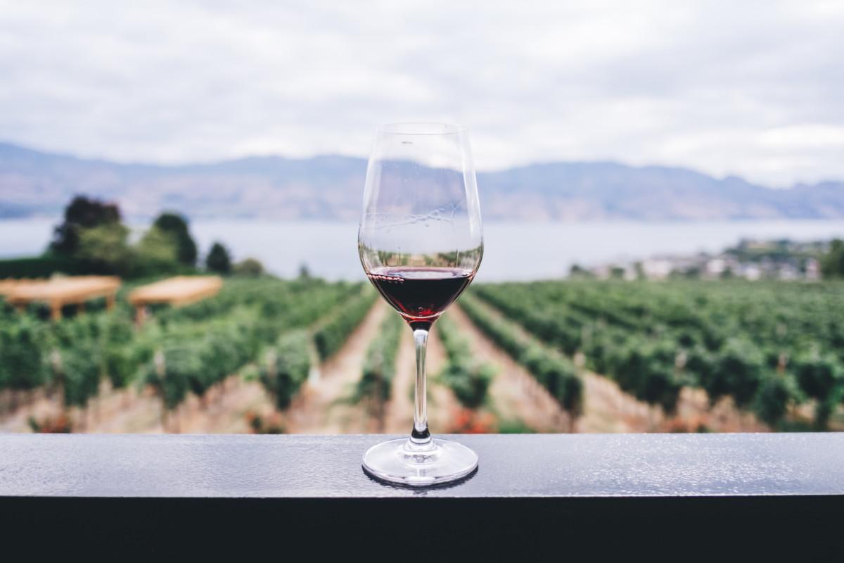 Már csak 23 liter bort iszik a magyar évente