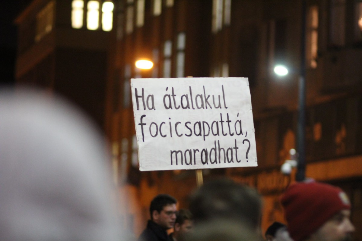 A CEU mellett tüntetettek Budapesten