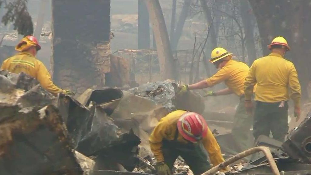 Már 50 halálos áldozata van a kaliforniai tűzvésznek