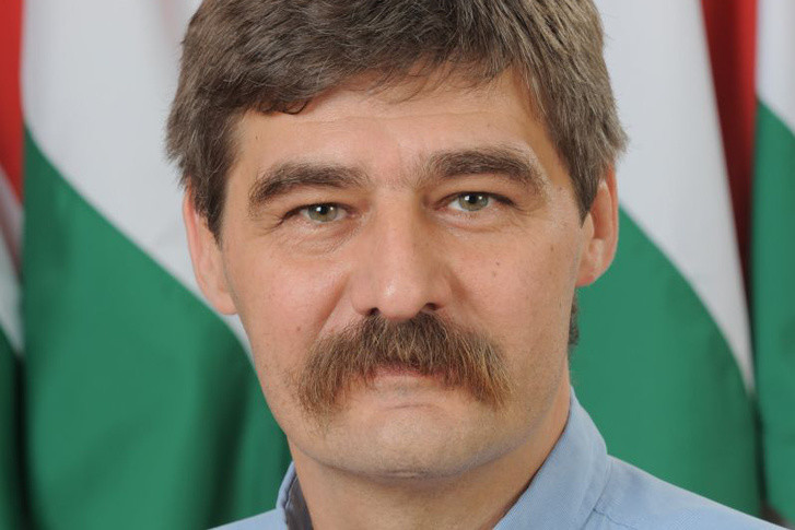 Köteles István, Álmosd volt polgármestere.