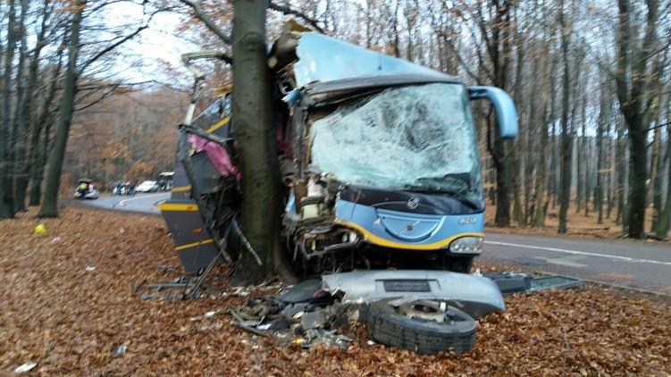 Buszbaleset a Mátrában, rengeteg sérült