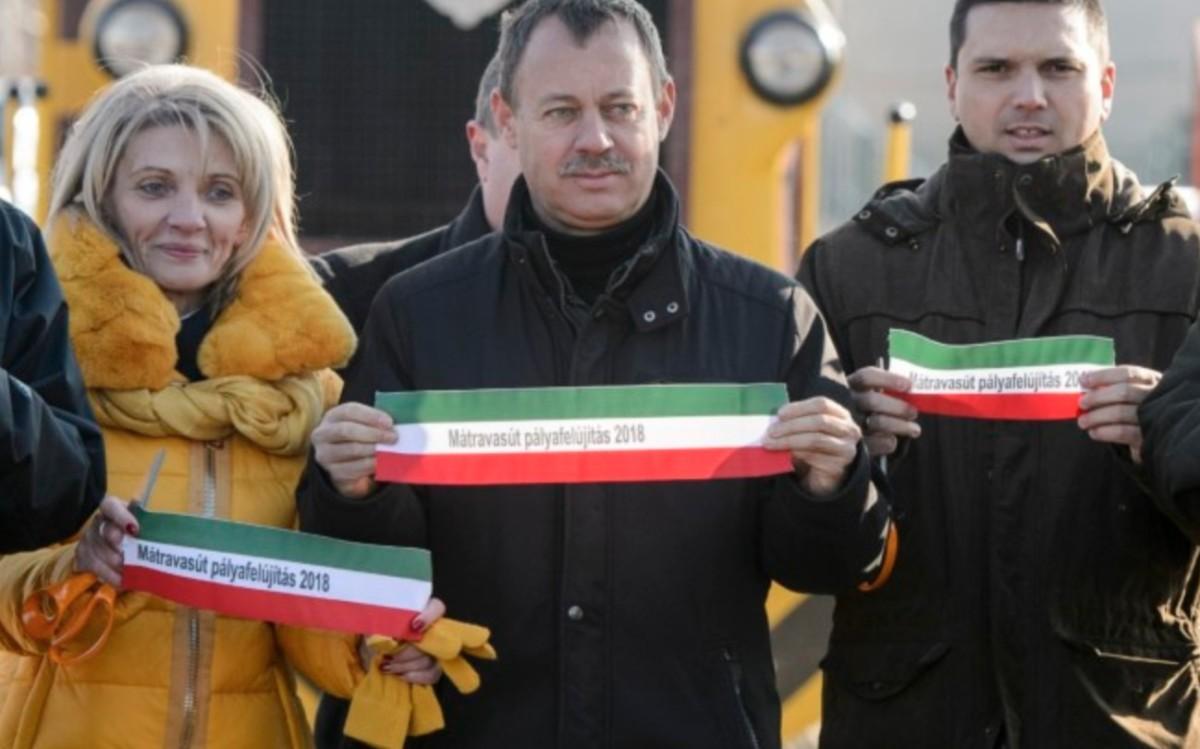 Új kisvasutat adtak át az olaszországi Gyöngyössolymoson