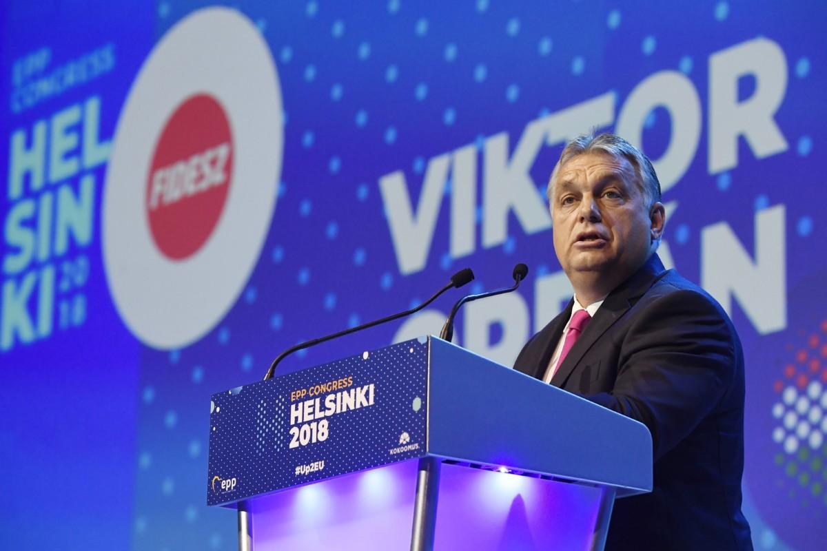 Orbán Viktor miniszterelnök felszólal az Európai Néppárt kongresszusán a Messukeskus Kongresszusi Központban, Helsinkiben 2018. november 8-án.