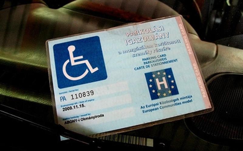 Hamis rokkantkártyával bukott le egy bíró Budapesten