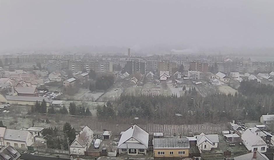 Itt a havazás, délnyugat már fehéredik – videók