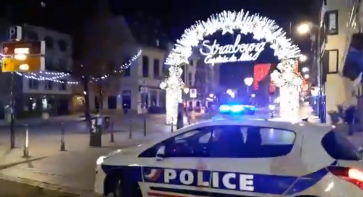 Lövöldözés a strasbourgi karácsonyi vásárnál, három halott, szökésben az elkövető