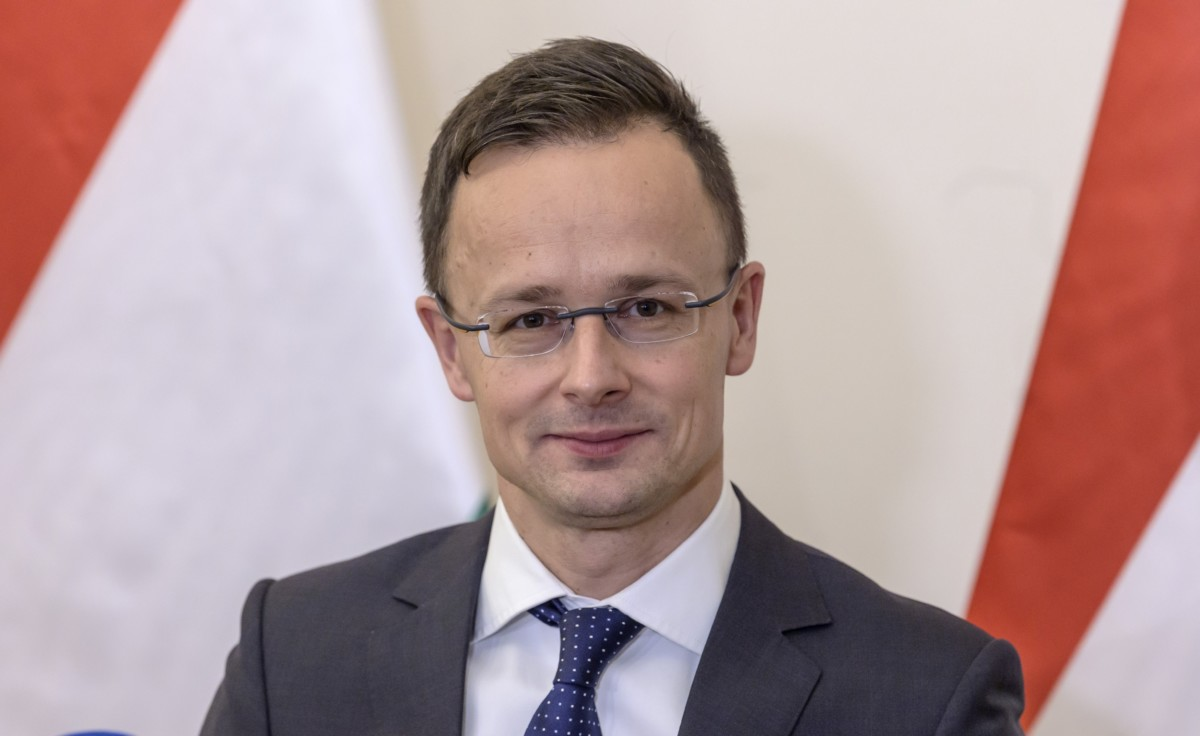 Szijjártó Péter külgazdasági és külügyminiszter sajtótájékoztatót tart hivatalában 2018. december 7-én.