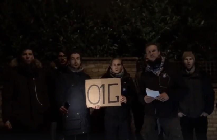 Megfenyegették a magyar tüntetőket Dániában, hogy kamionnal hajtanak beléjük