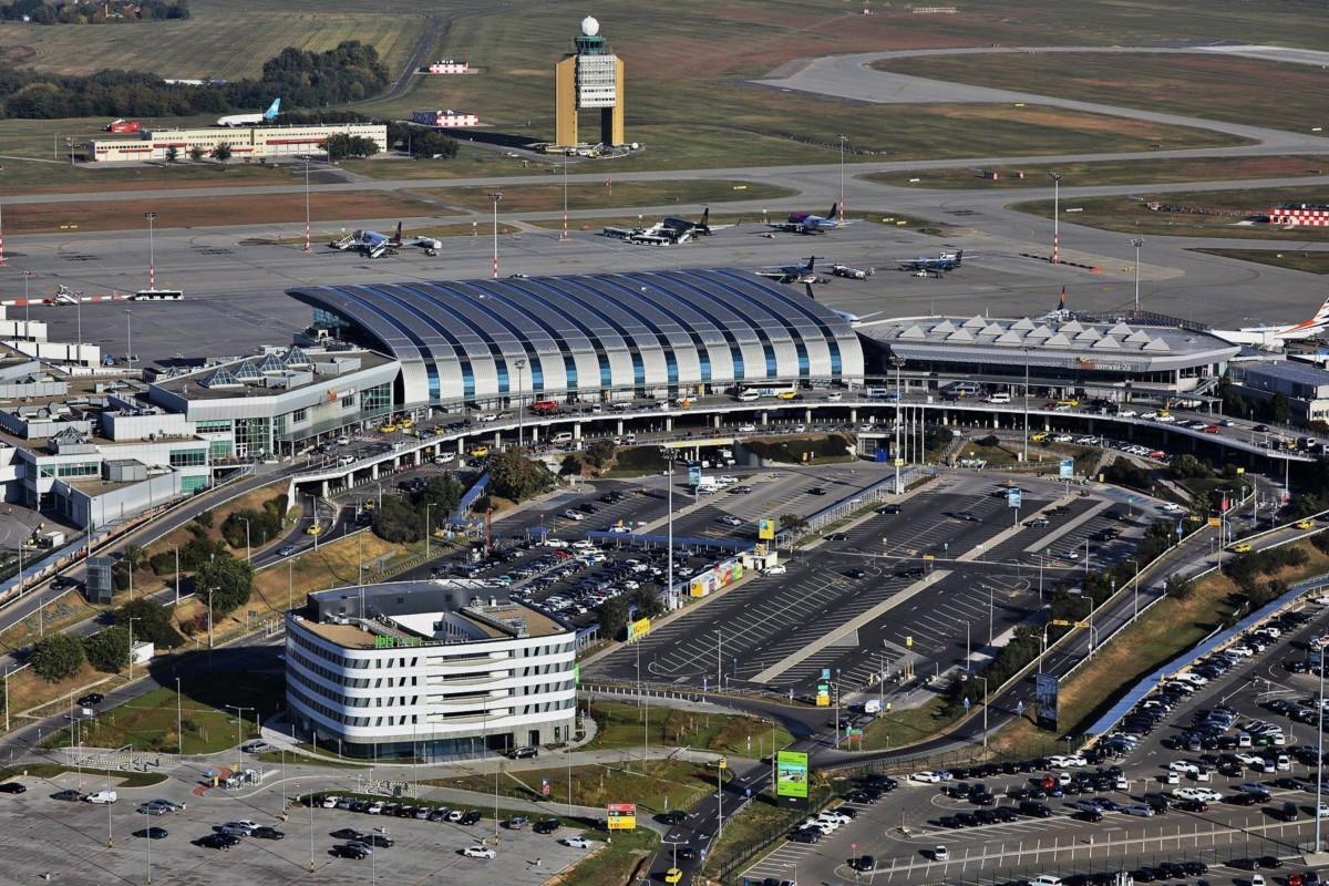 A budapesti Liszt Ferenc Nemzetközi Repülőtér madártávlatból.