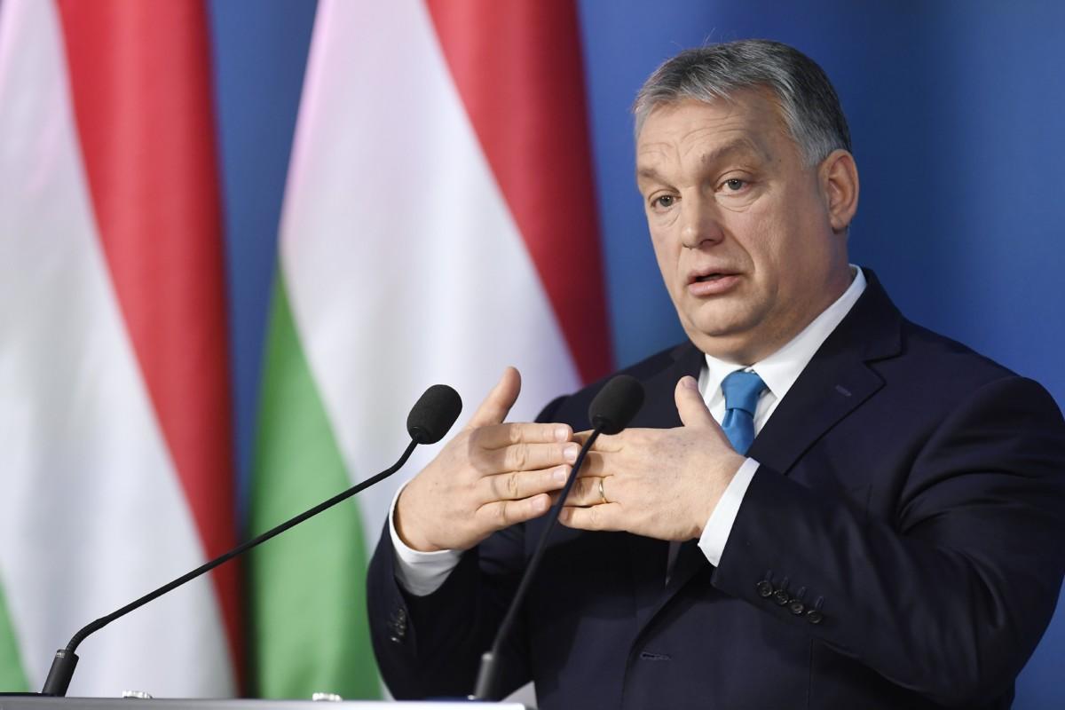 Orbán Viktor miniszterelnök a Kormányinfó sajtótájékoztatón a Miniszterelnöki Kabinetiroda Garibaldi utcai sajtótermében 2019. január 10-én.