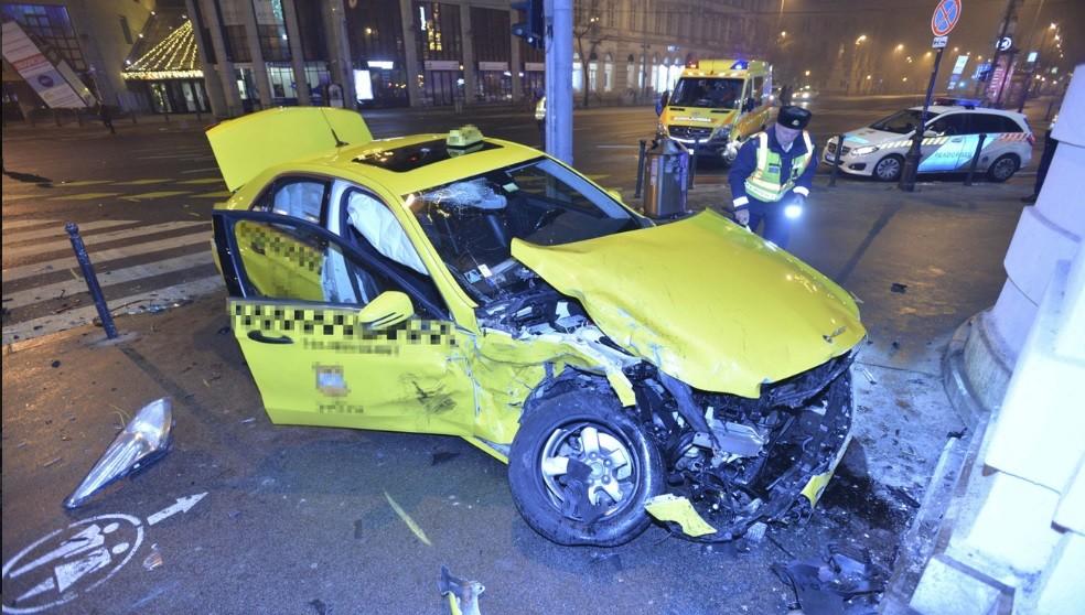 Harmincöt nap kóma után meghalt a budapesti taxisofőr