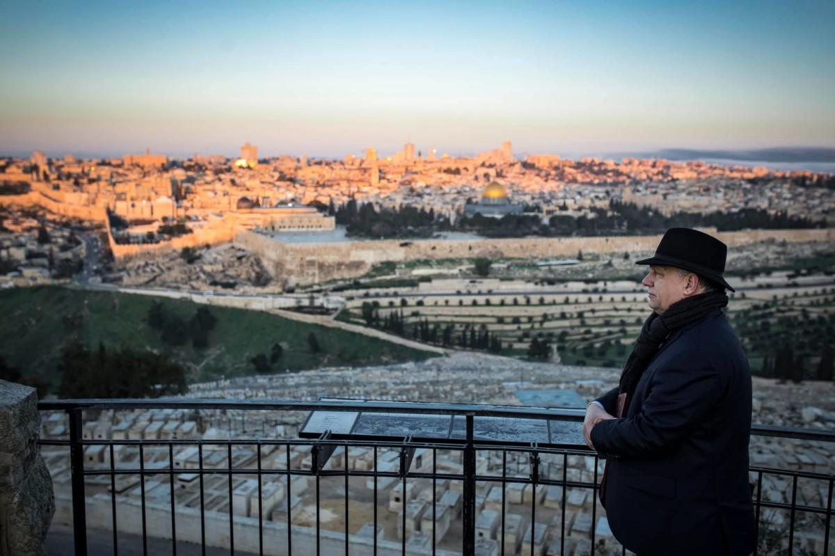 Orbán Viktor megtekintette a jeruzsálemi napfelkeltét