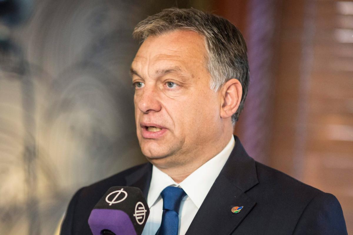 Orbán már az EU-s kilépés előnyeiről beszélt ma reggel a rádióban