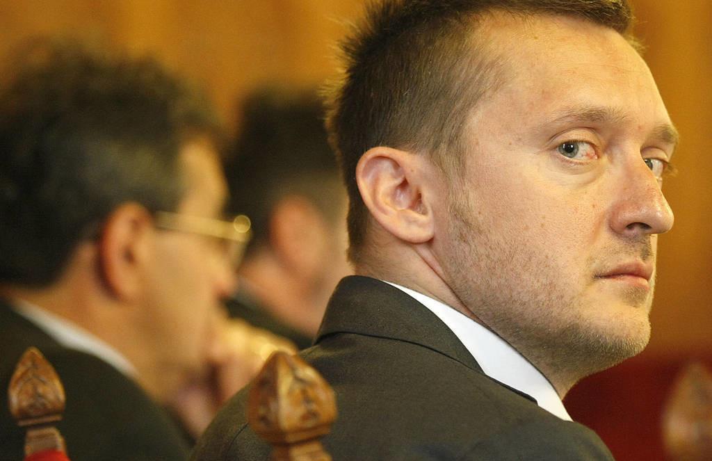 DK: 30 ezer gyanús külföldit telepítettek be Orbánék Magyarországra