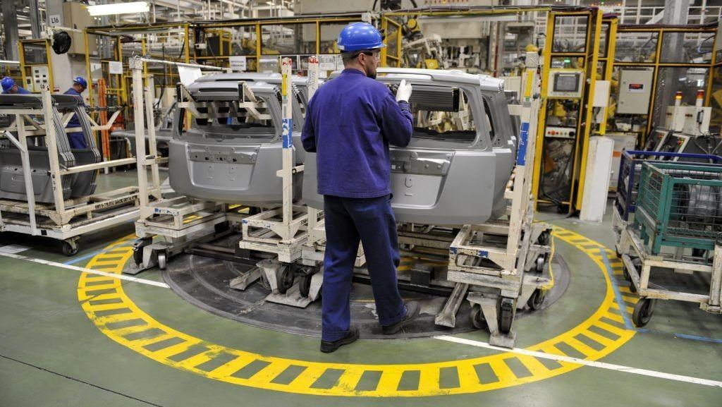 Kirúgták az esztergomi Suzukitól az alakuló szakszervezet titkárát