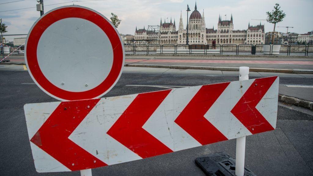 Itt lesz tüntetés a hétvégén – a fél Budapestet lezárják