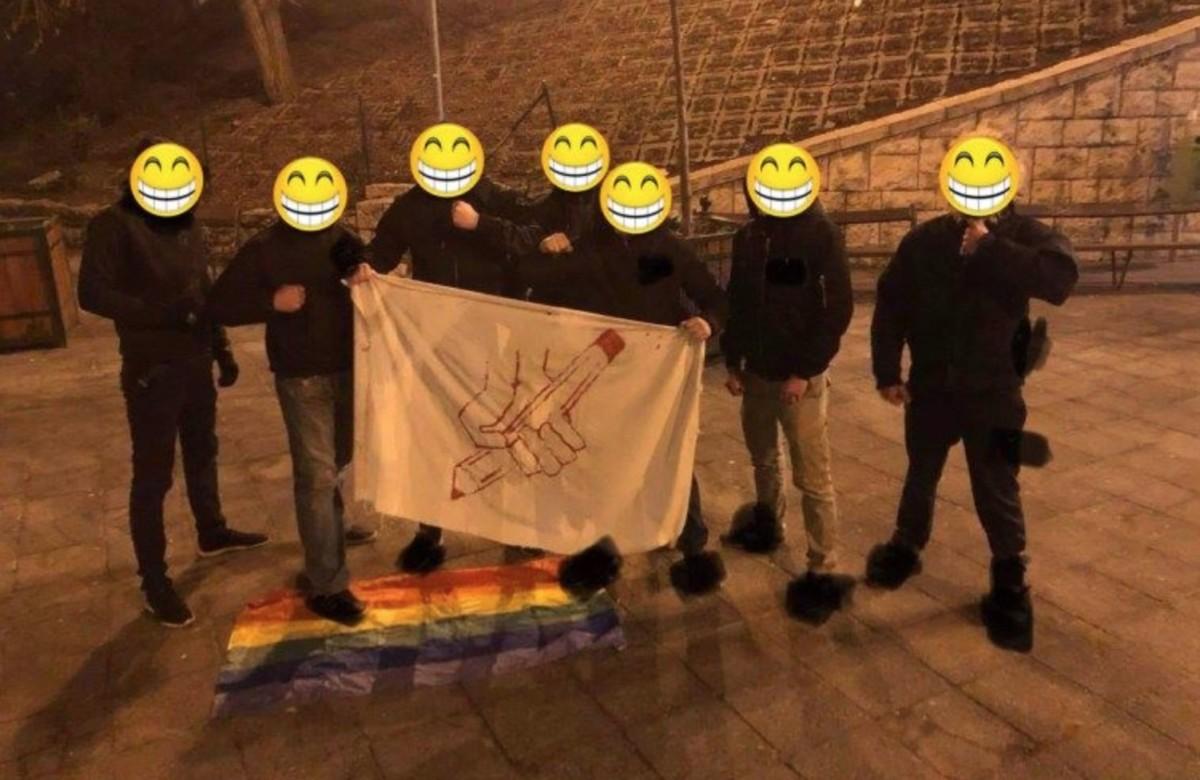 Ellentüntetőkre támadtak fideszes szélsőségesek Budán a neonáci megemlékezés után