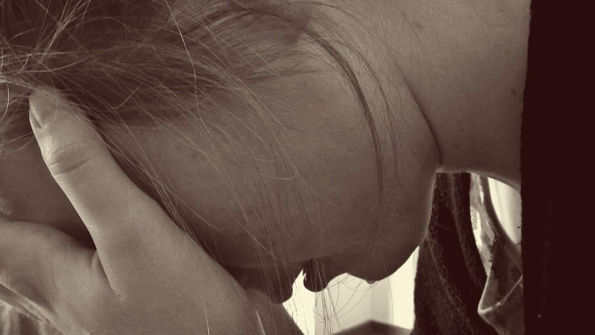 Videóra vette, amint molesztálja élettársa 11 éves kislányát egy győri férfi