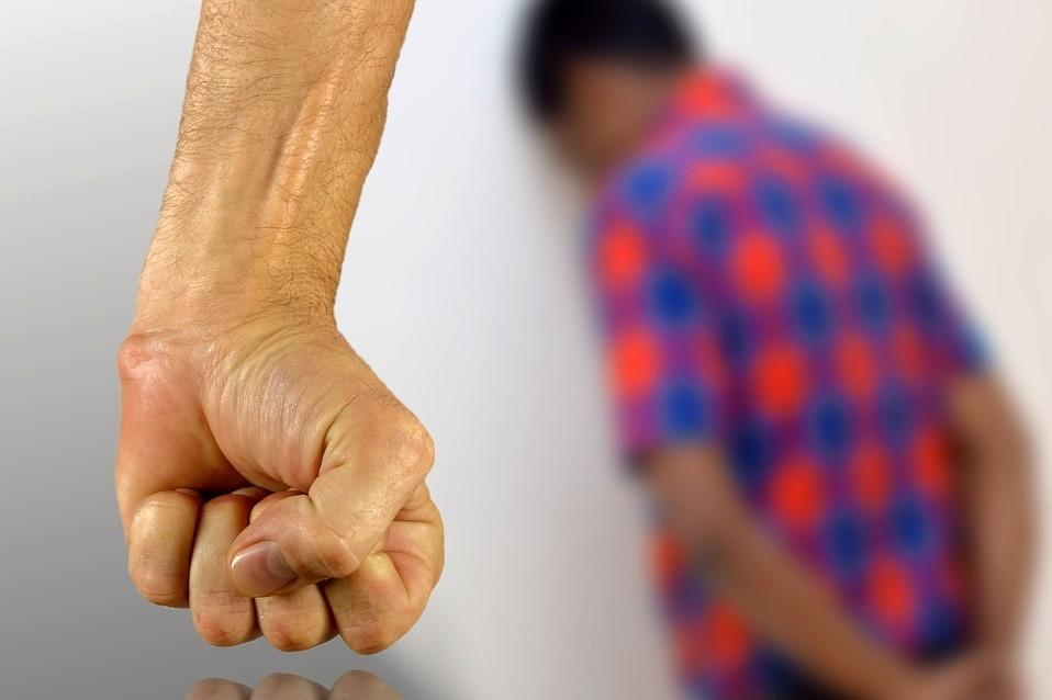 """Kínozták, verték óvodás gyermeküket, felfüggesztettel megúszták a pécsi """"szülők"""""""
