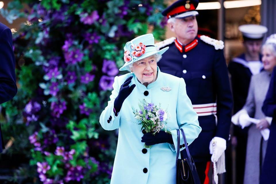A 93 éves Erzsébet királynő is felhagy az autóvezetéssel