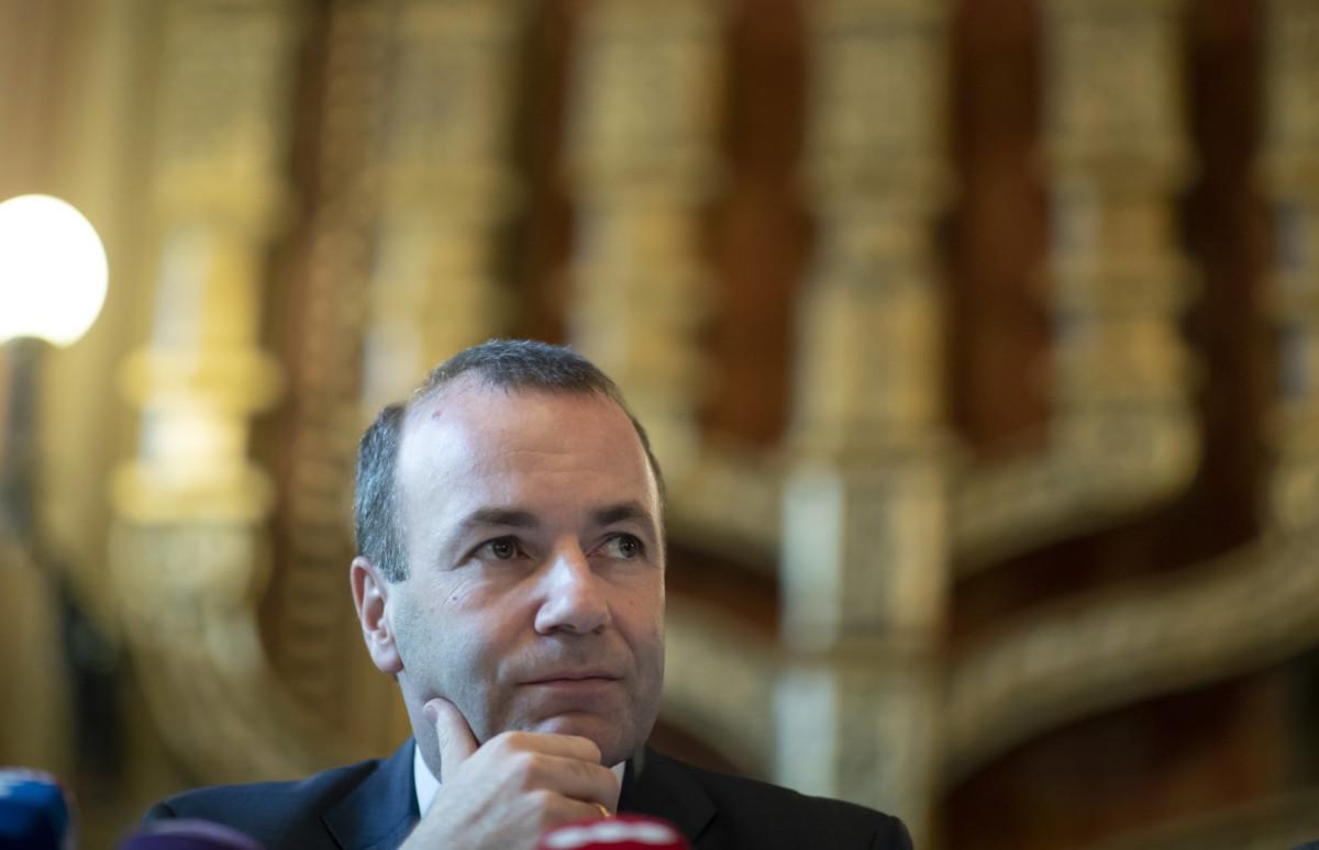 Manfred Weber, az Európai Néppárt európai parlamenti frakcióvezetője, az EPP listavezetője a Mazsihisz székházában tartott sajtótájékoztatón 2019. március 12-én.