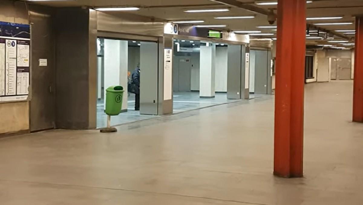 Egy napig sem tartott az öröm, máris itt az első hiba a 3-as metró felújított szakaszán