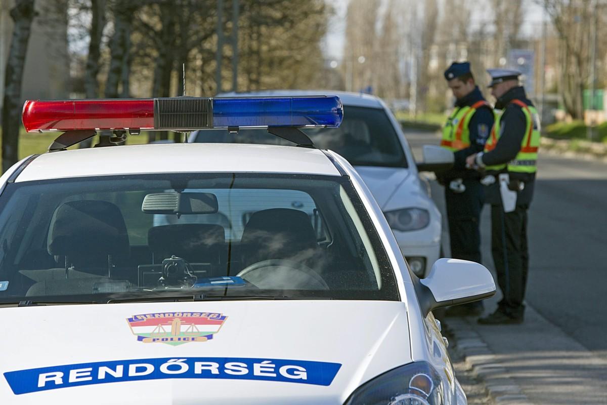 Húsvéti fokozott közúti ellenőrzés Budapesten, a IX. kerületben, a Gubacsi úton 2015. április 3-án.