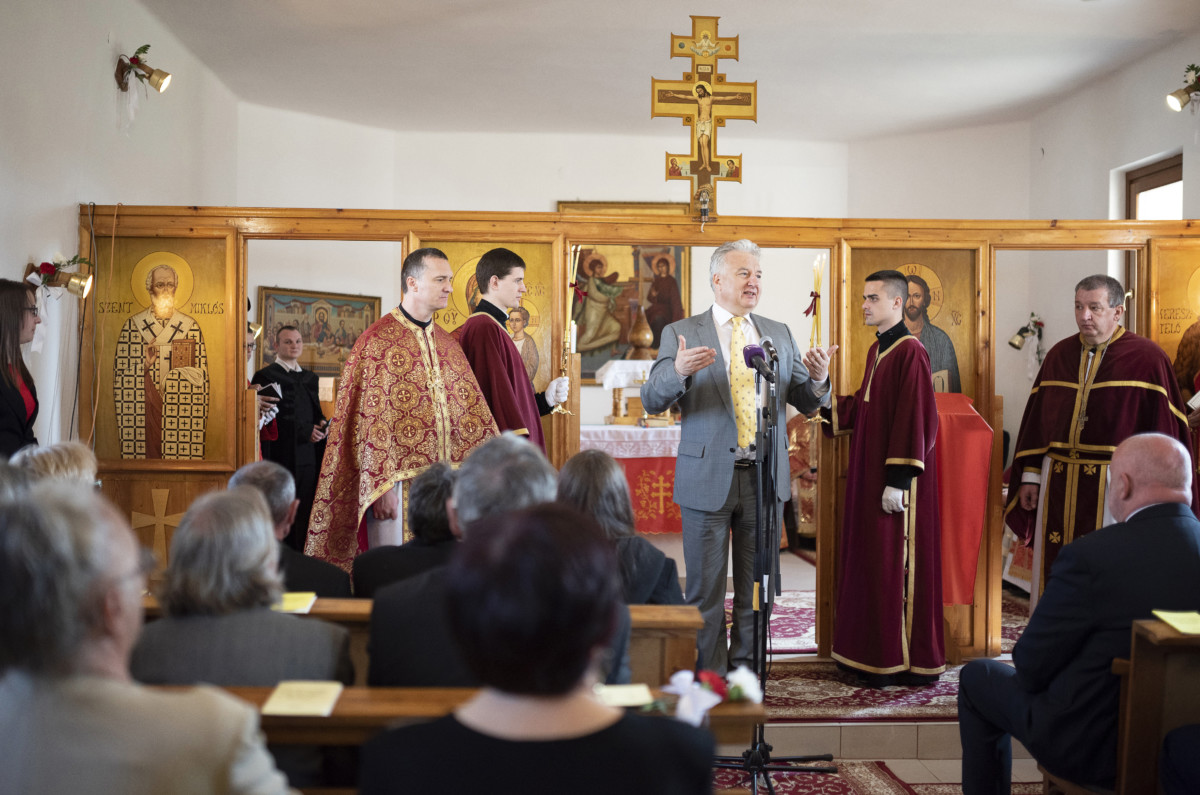 Semjén Zsolt miniszterelnök-helyettes beszédet mond a felújított tisztabereki görögkatolikus templom felszentelése alkalmából tartott ünnepségen 2019. március 24-én.