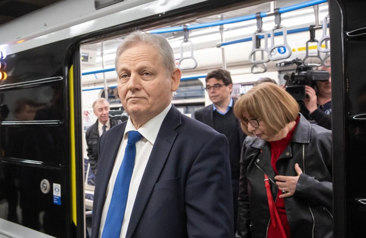 Tarlós István főpolgármester a 3-as metróvonal felújított északi, az Újpest-központ és Dózsa György út közötti szakaszának átadásán a Gyöngyösi utcai metróállomáson 2019. március 30-án.