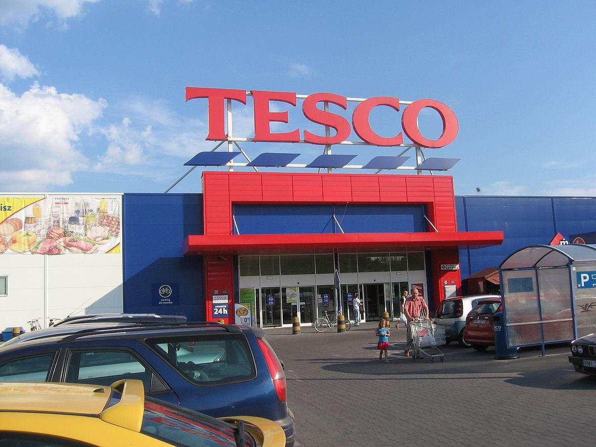 Rövidített nyitva tartást vezet be a Tesco