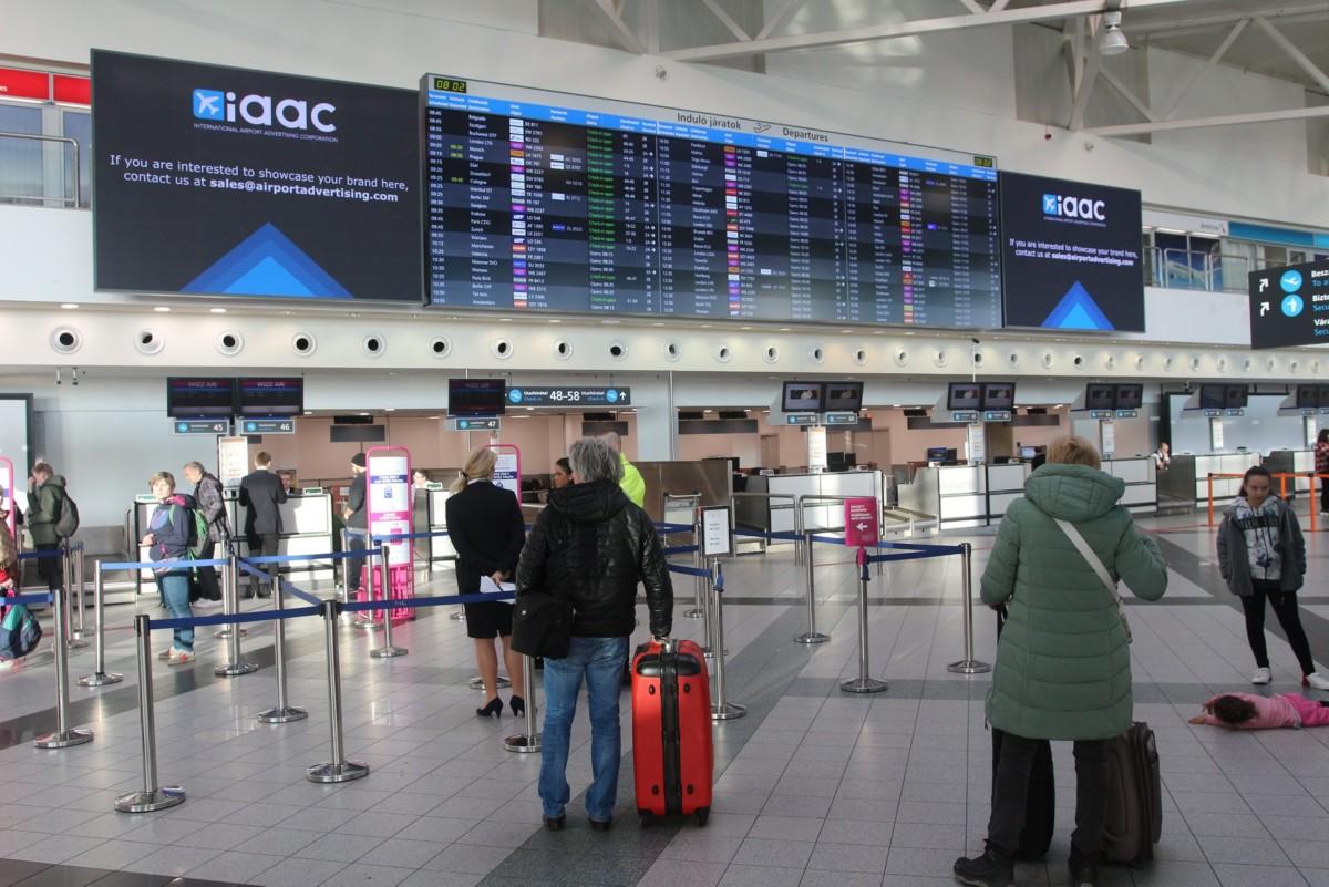 Műszaki hiba miatt lezárták a Liszt Ferenc-repülőteret