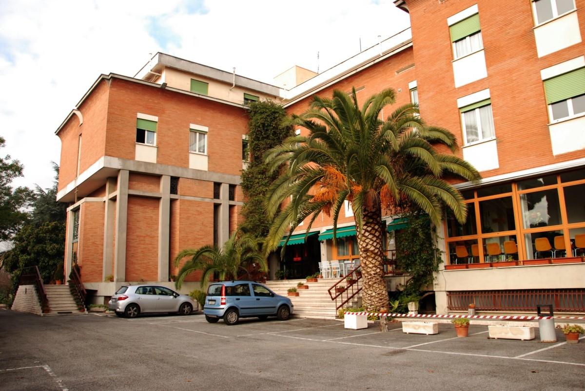 1,67 milliárdból vesz az állam zarándokházat Rómában