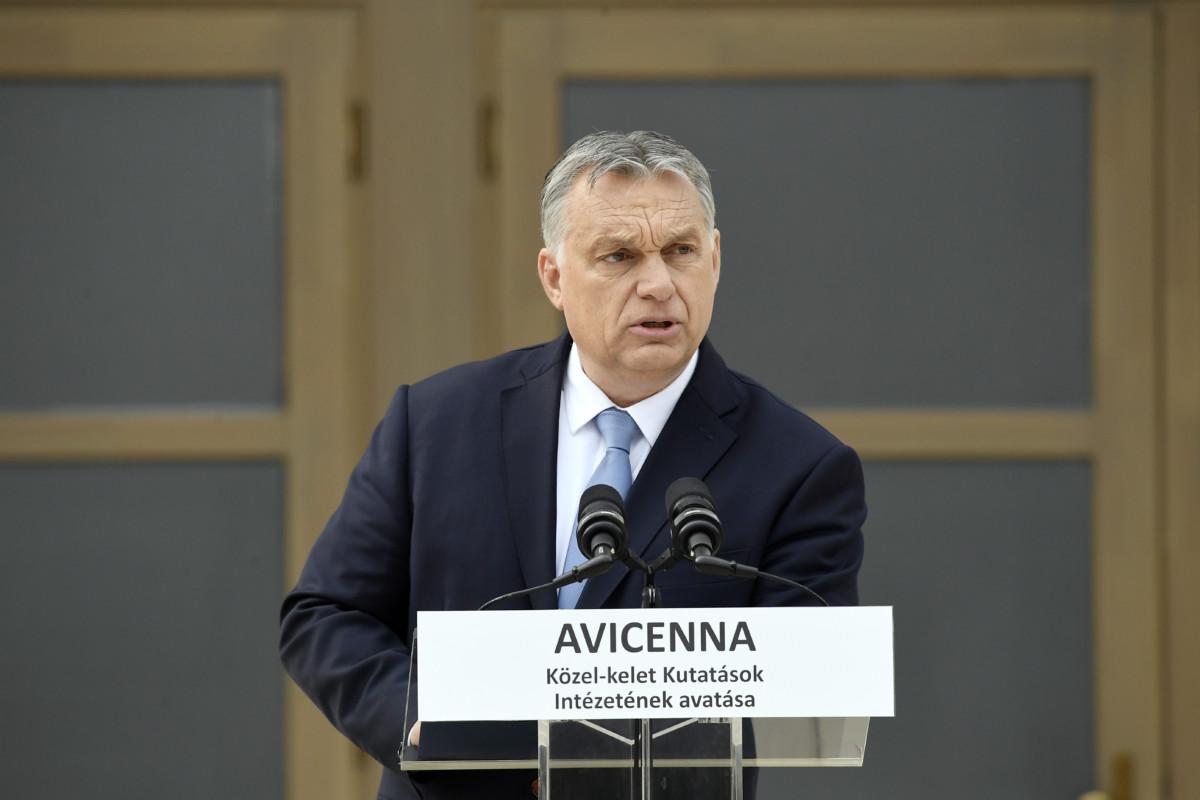 Orbán Viktor miniszterelnök beszédet mond az Avicenna Közel-Kelet Kutatások Intézete épületének avatásán Piliscsabán 2019. április 9-én.