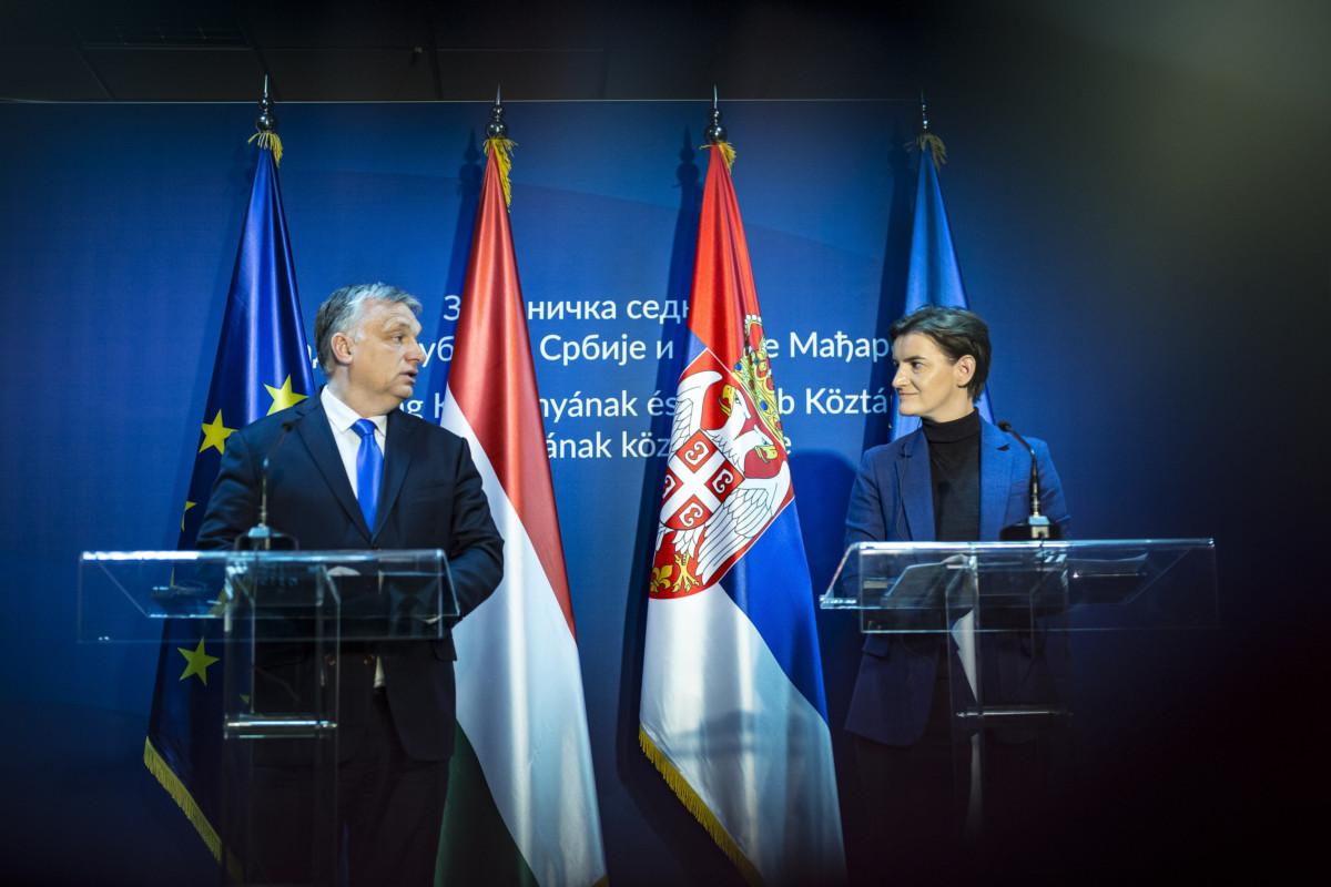 Orbán Viktor miniszterelnök és Ana Brnabic szerb kormányfő sajtótájékoztatót tart az ötödik magyar-szerb kormányzati csúcstalálkozón Szabadkán, a Vajdaságban 2019. április 15-én.