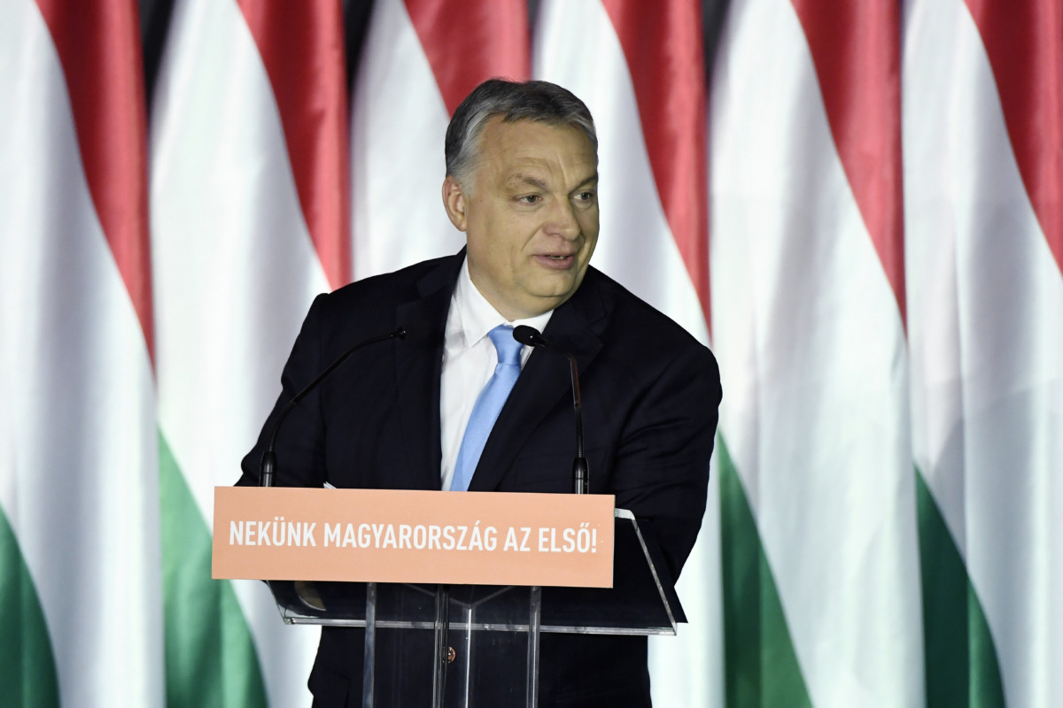 Orbán Viktor miniszterelnök beszédet mond a Parlamenti Szalon című rendezvényen a Bálna Budapest rendezvényközpontban 2019. április 5-én.