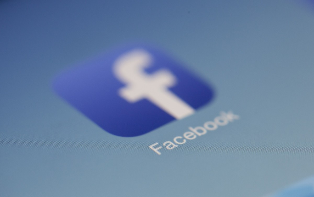 Többmilliárd profilt törölt a Facebook