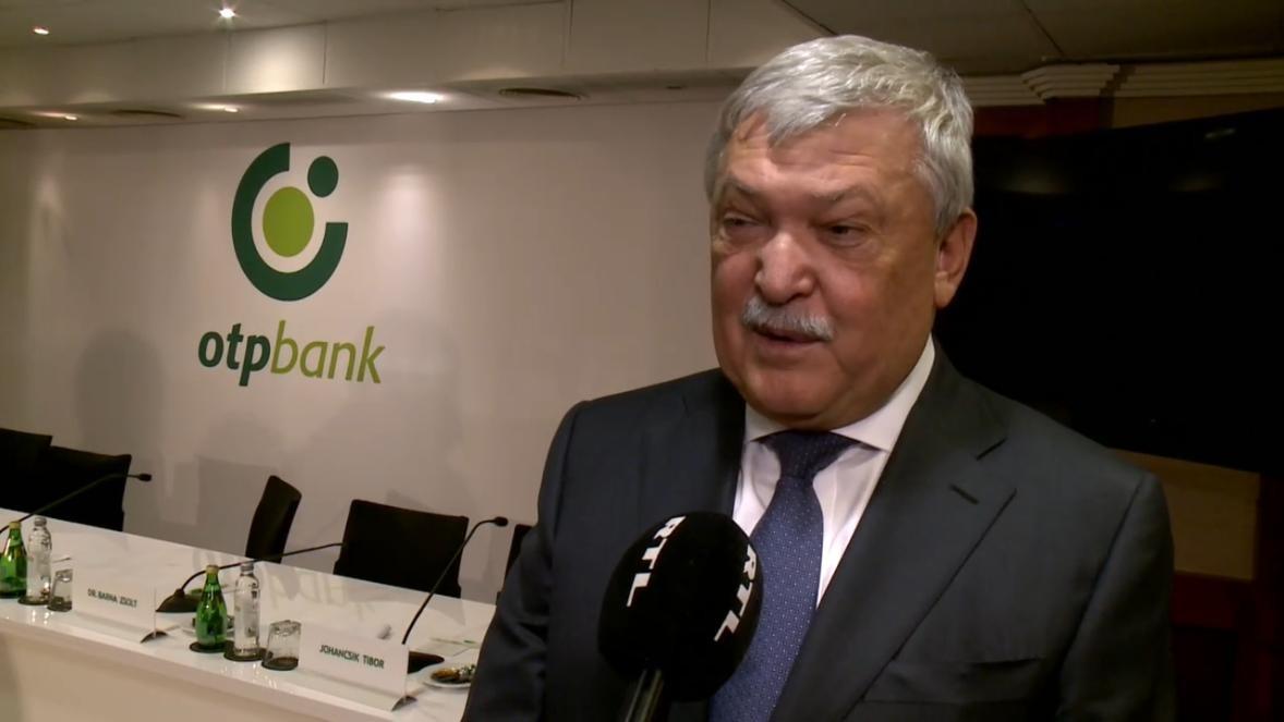 Csányi Sándor elmondta, miből fizeti Orbán a luxusrepülőzéseit