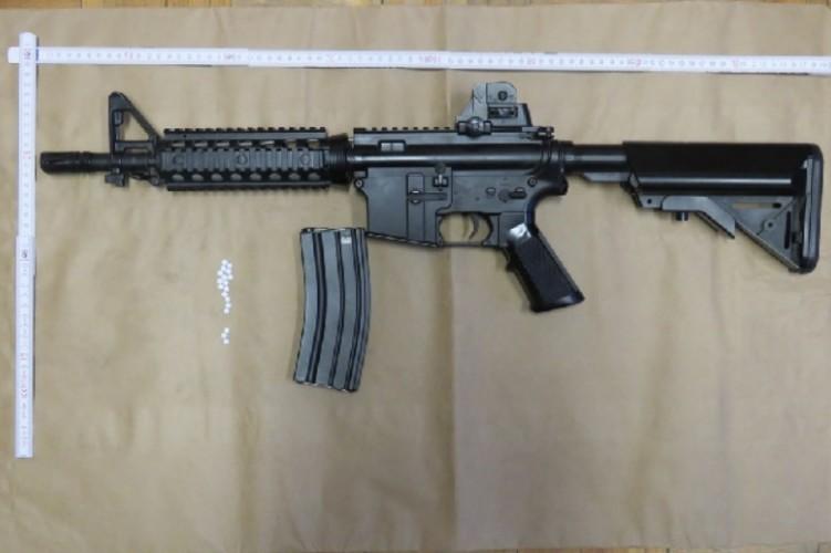 Ezzel a fegyverrel lövöldöztek a fiatalok Tápióbicskén.