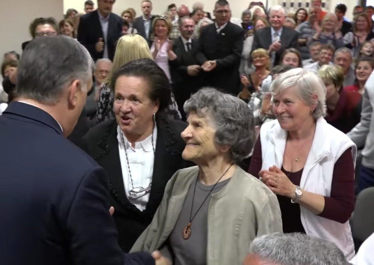 Orbán Viktor örömhírt közölt a nyugdíjasokkal, érkezik a pénzeső