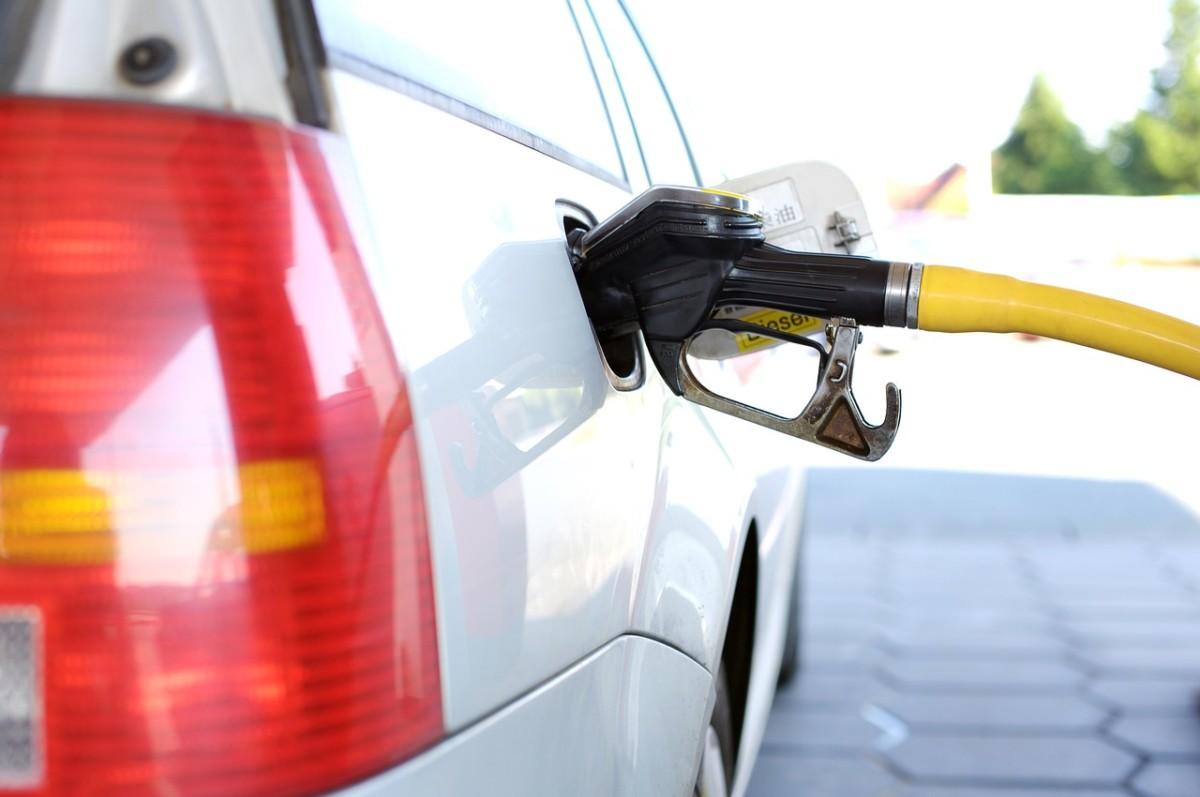 Összecserélték az üzemanyagokat egy budapesti benzinkúton, ezer károsult is lehet