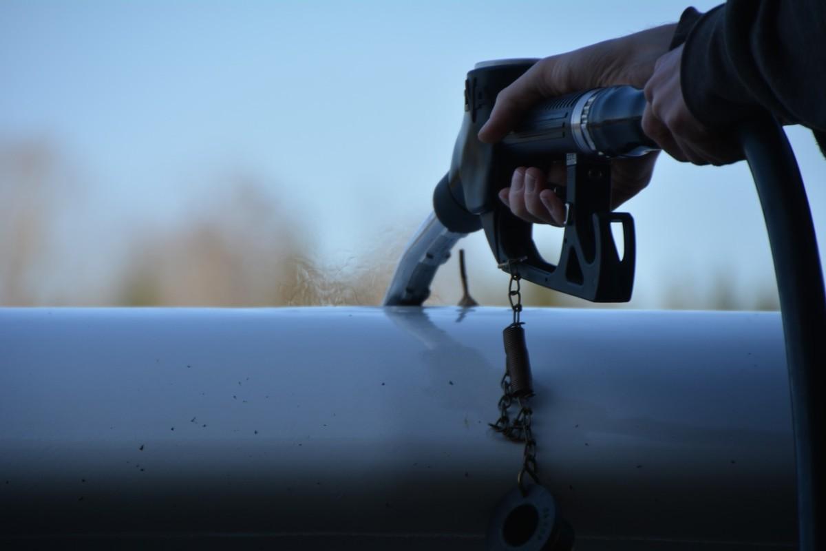 Itt az újabb üzemanyagár-drágulás: 405 forint a gázolaj literje