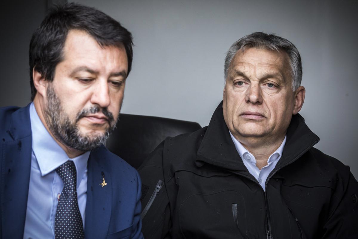 Orbán Viktor miniszterelnök (j) és Matteo Salvini olasz belügyminiszter, miniszterelnök-helyettes határszemlén Röszkénél 2019. május 2-án.