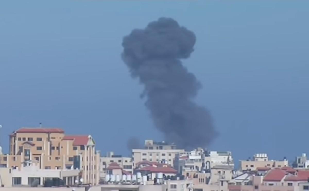 Már 450 rakétát lőttek ki Gázából Izraelre, Netanjahu ellentámadásokat rendelt el