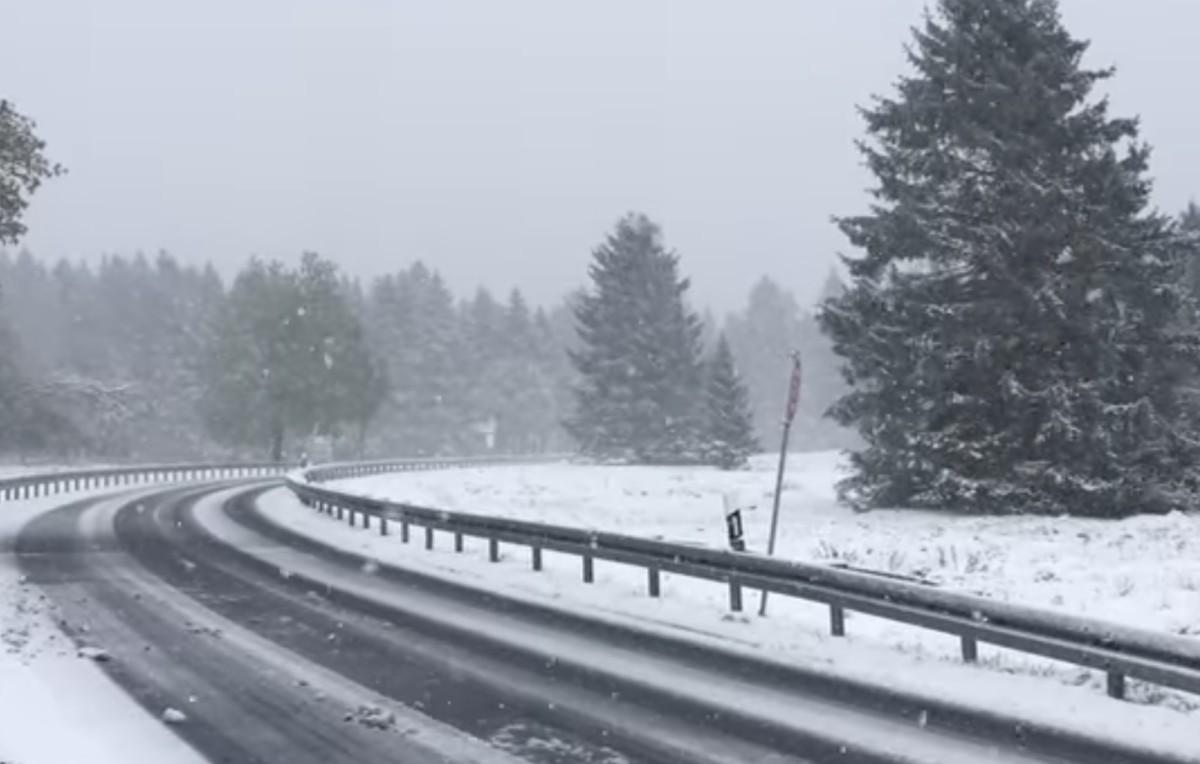15 centi hó esett Németországban