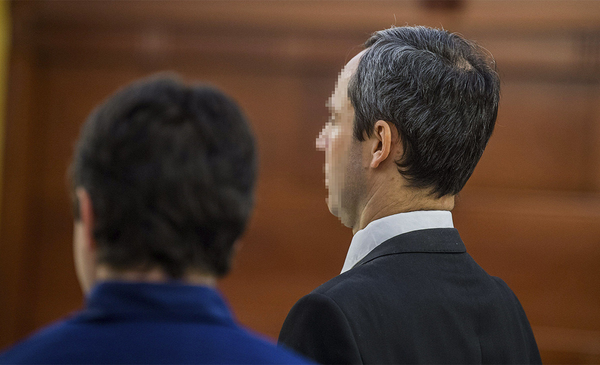 """591 ezer forint kártérítést ítéltek meg a """"lúgos orvosnak"""", miközben az áldozata még mindig vár a pénzére"""