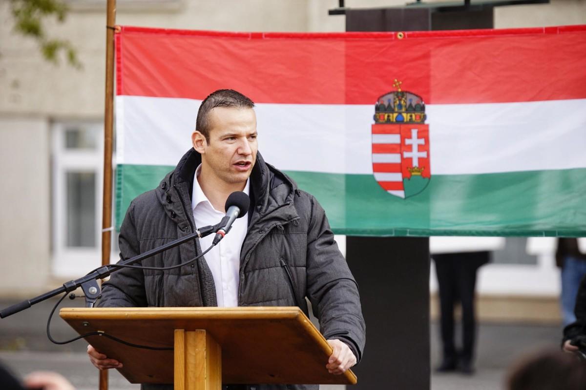 Letiltotta a Facebook Toroczkai László Facebookját, így reagált a szélsőjobbos politikus
