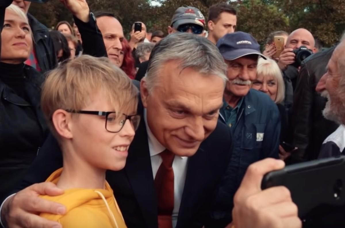 Veje üzleti sikereiről faggatták Orbánt, ezt válaszolta a riporternek